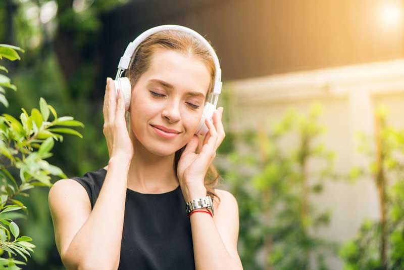 slow bpm music enhances workout recovery