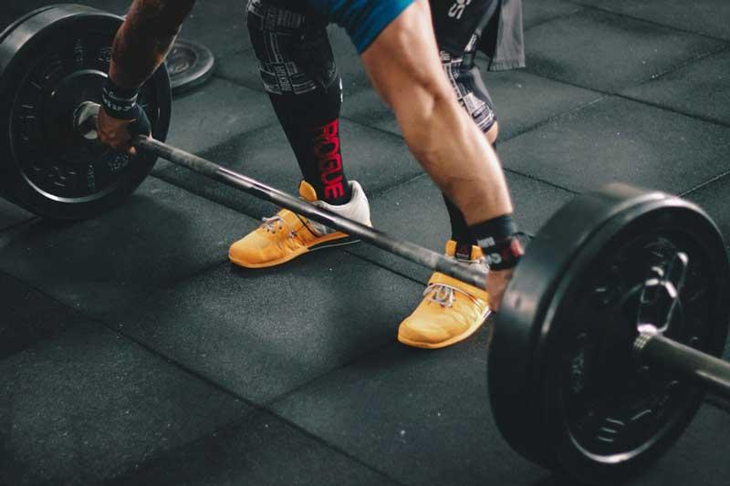 strength training versus bodybuilding